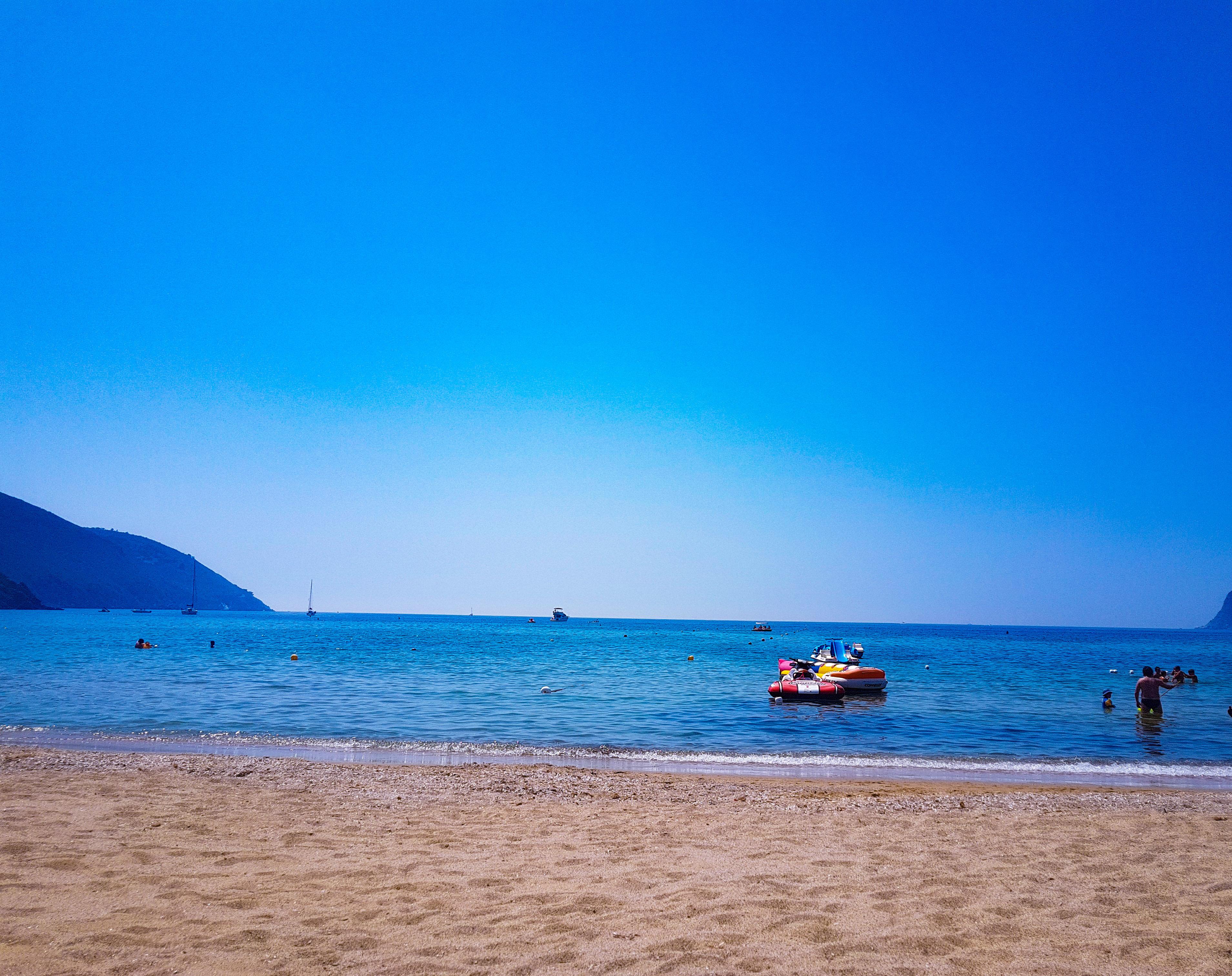 ITALY | BEACH HOPPING ON ELBA ISLAND. SEVEN DAYS, SEVEN BEACHES.
